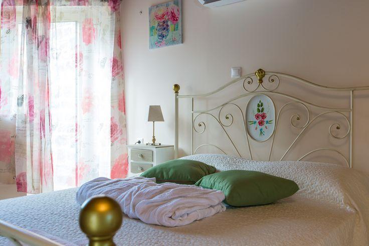 Mare Villas (Villa Green Mare) in Rethymno, Crete. #villa #greece #crete #vacationrental #luxury #private #pool #island #sea #view #blue #green #bedroom #attic #en_suite_bathroom