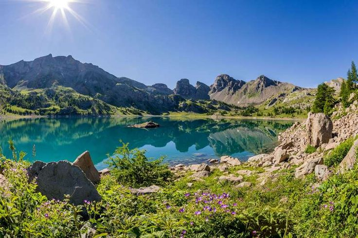 lac d'allos, au coeur du parc national du mercantour - © office de tourisme du Val d'Allos - R Palomba