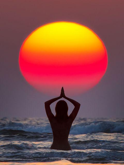 Sun Salutation (Surya Namaskar) - India, Maharashtra, Paradise Beach, by Anton Jankovoy (www.jankovoy.com), via Flickr