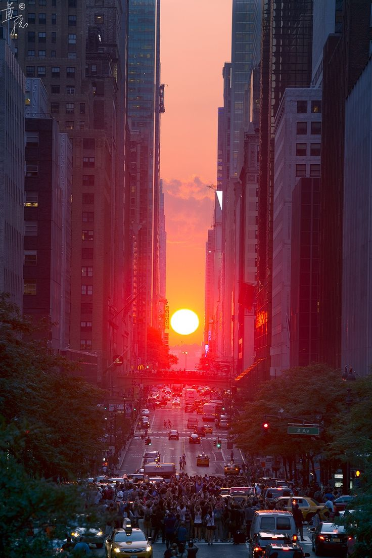 One of the limited moments during the year that the sun sets exactly here. Manhattan - New York - by Cong Huang