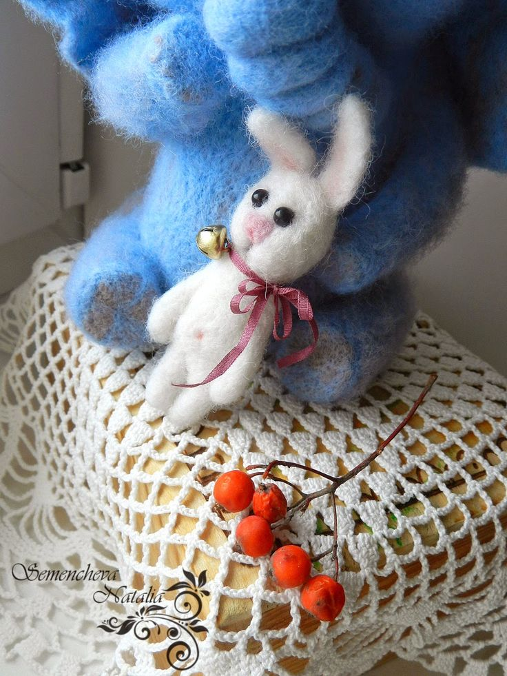 слоник и зайка из войлока, felting, валяние, валяная игрушка, игрушка из шерсти, игрушка из войлока
