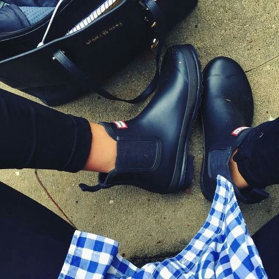 Hunter Chelsea ankle rain boots