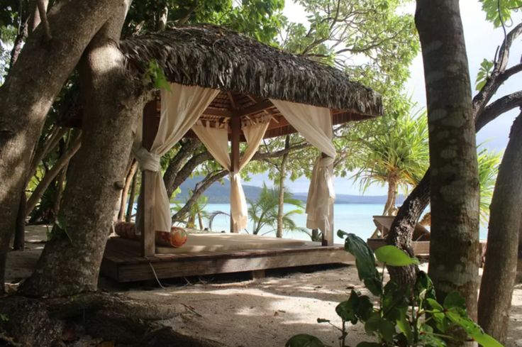 AirBnb private island | Vanuatu | Beach Hut | Kakula