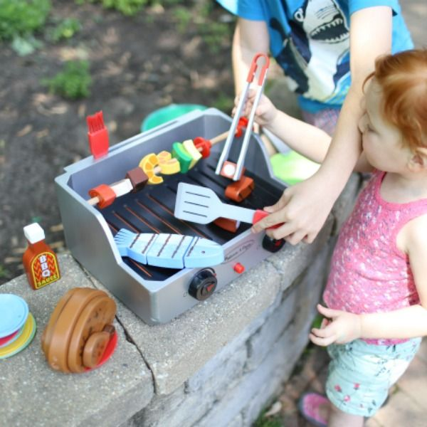 5 simple tips for the perfect backyard family bbq with kids great tips my