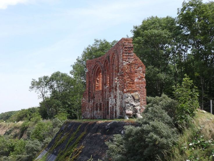 Ruiny kościoła w Trzęsaczu Trzęsacz