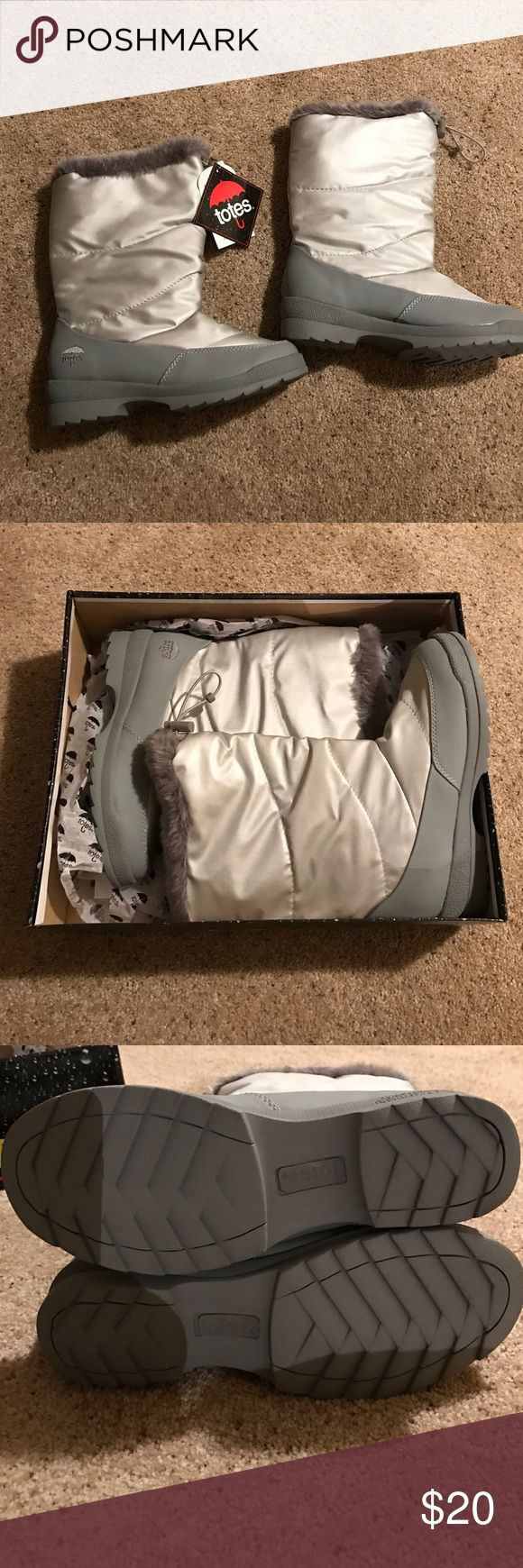 Women's pull up boot - swan silver Comfortable, new with tags, never worn. Swan silver in color. Totes Shoes Winter & Rain Boots