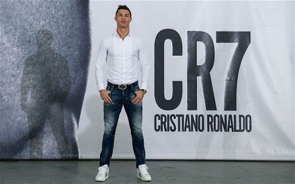 Let us look at the list of the top 5 highest paid footballers of 2014 and where do they get paid that money from