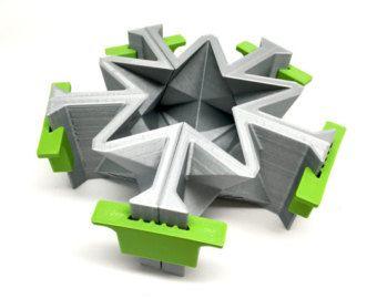 Icosaedro que molde  3D impresión  geométrica del molde