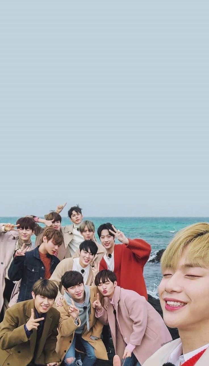 Wanna One x Innisfree: Wanna One Go in Jeju Wallpaper