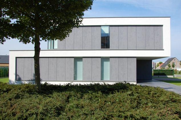 Villa in Belgium. Facade combines render and EQUITONE facade panels. arch: Van Biervliet. www.equitone.com
