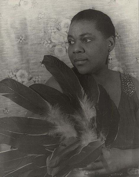 """Bessie Smith, blues singer. Once, when performing a tent show in a Southern town, members of the Ku Klux Klan, in full Klan regalia, surrounded the tent, threatening to pull it down and trap everyone inside. Smith stormed out and confronted them, shouting, """"You had better pick up them sheets and run!""""  The men took to their heels.African American, Most Popular, Louis Armstrong, Bessie Smith, Carl Vans, Blue Singer, Bessiesmith, Vans Fight, Black History"""