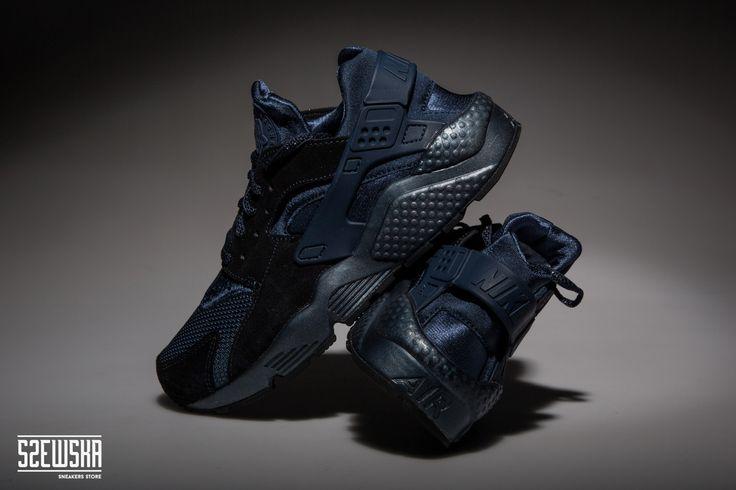 Nike Air Huarache | 683818-900 | http://goo.gl/0YoLpY