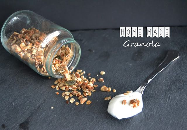 Back on the kitchen...Home made Granola