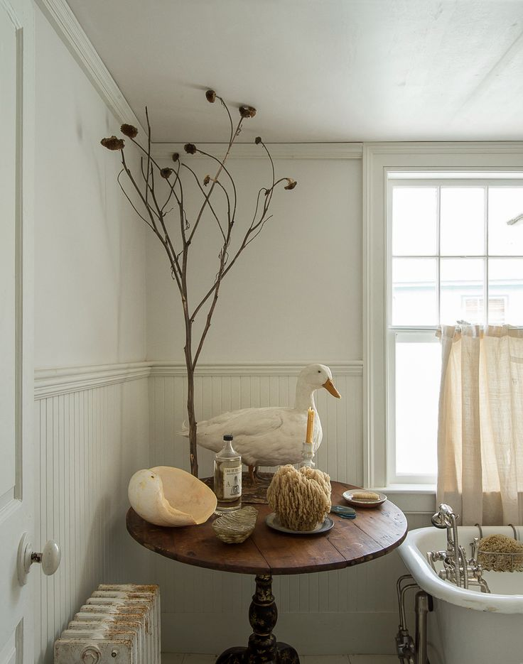 Best 25 cape cod bathroom ideas only on pinterest for Cape cod bathroom design