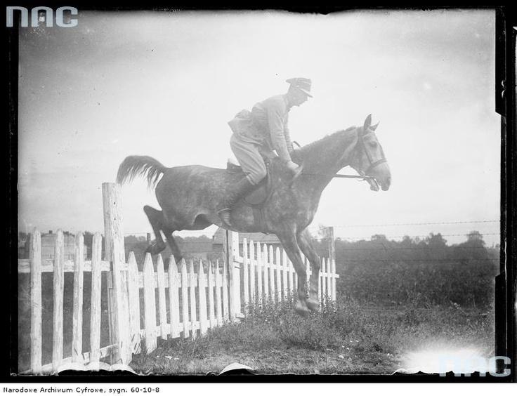 Ćwiczenia konne ze skokami przez przeszkody , 1920 - 1929