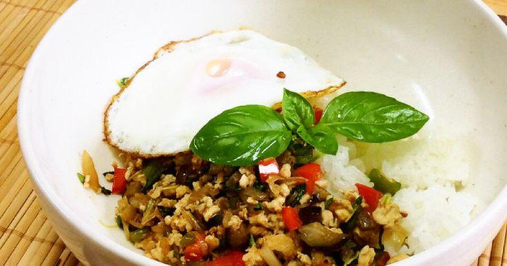 少ない調味料でお店の味がお家でも簡単に♫サッと作ってパッと食べられるので、お弁当や1人ランチにオススメです。