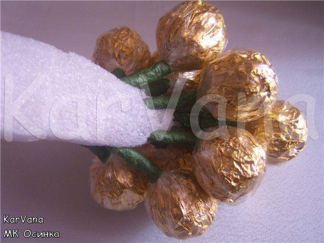 Букет из конфет - Гроздь винограда. Мастер класс