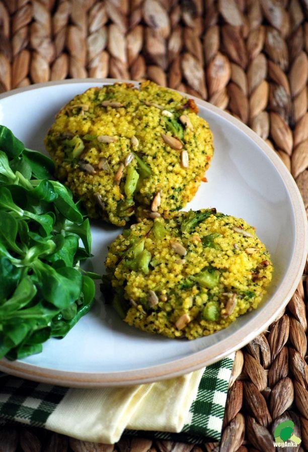 Kuchnia wegAnki: Kotlety z kaszy jaglanej i brokuła