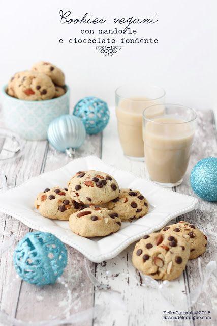 La tana del coniglio: Cookies vegani con mandorle e cioccolato fondente