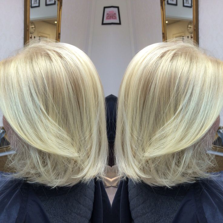 Bright blonde! Hair: Samu Puhakka/VELVET #velvetkampaamot #velvettöölö #olaplexfinland #olaplex #schwarzkopfpro #apassionforhair #balayage #babylights #beachhair #bonacure #schwarzkopfessensity #essensity #nofilter #sunkissedhair #colorcorrection