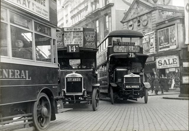 Traffic in London in 1927 | Flickr - Photo Sharing!
