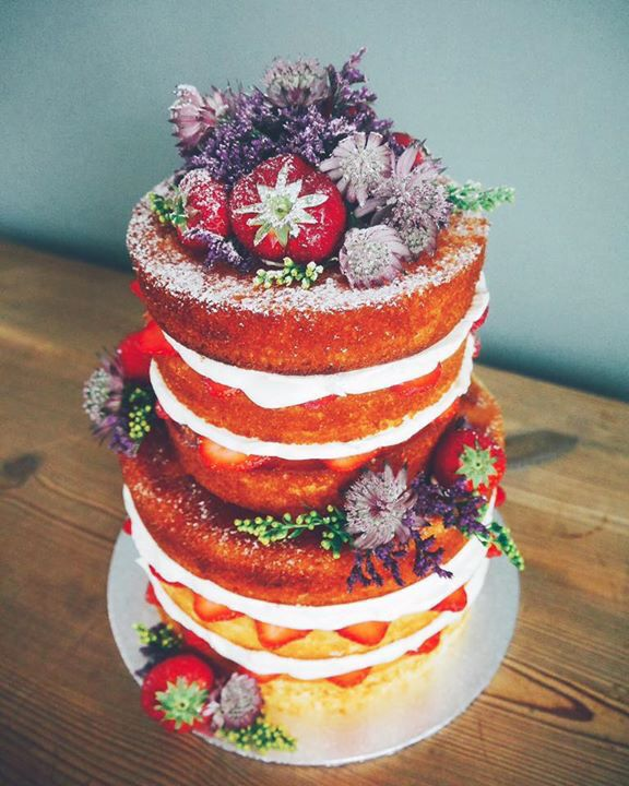 Naked cake by Even naar Eef
