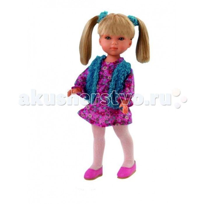 Vestida de Azul Карлотта блондинка с хвостиками Весна Кантри  Vestida de Azul Карлотта блондинка с хвостиками Весна Кантри - это добрая и приветливая кукла которая наверняка понравится вам и вашему ребенку с первого взгляда.  Особенности: Красавица блондинка Карлотта в стильном наряде: легкое платье с цветочным принтом, жилетка голубого цвета, белые колготки и розовые балетки. Романтичный весенний образ куклы в стиле кантри поможет сформировать вкус ребенка с самых ранних лет Милое личико…