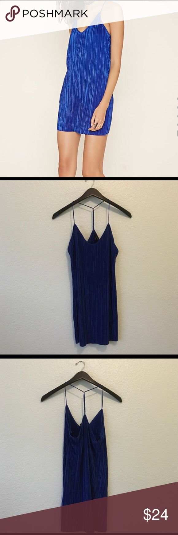 Blue Forever 21 tank dress size small Still brand new and hasn't been worn! I bought it for a La La Land themed dance but ended up wearing a different dress. I bought it for its color - it's a stunning and has beautiful pleats! Forever 21 Dresses