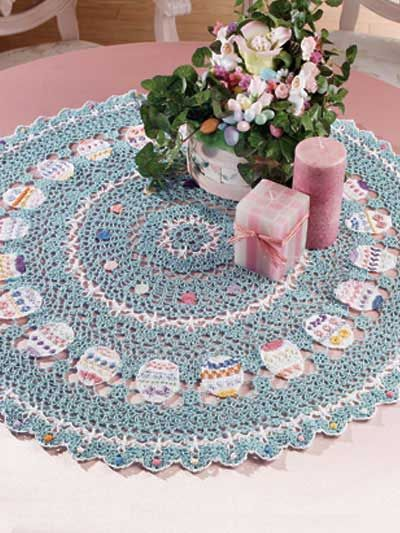 Free Easter Table Topper Crochet Pattern – Download this free crochet doily pattern from FreePatterns.com. It makes a pretty spring table topper!: Crochet Easter Patterns, Crochet Kitchen, Tables Toppers, Easter Tables, Easter Eggs, Doilies Patterns, Crochet Doilies, Crochet Patterns, Free Patterns
