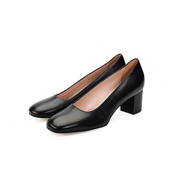 Mauro Teci Block Heel court shoe has an all leather upper and leather lining for all day comfort and foot support.  For our full collection visit http://www.louisemshoes.com. #louisemshoes