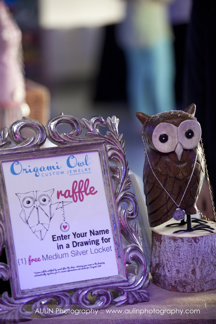 Lisa of Origami Owl joined us at our Heavenly Bridal Showcase.