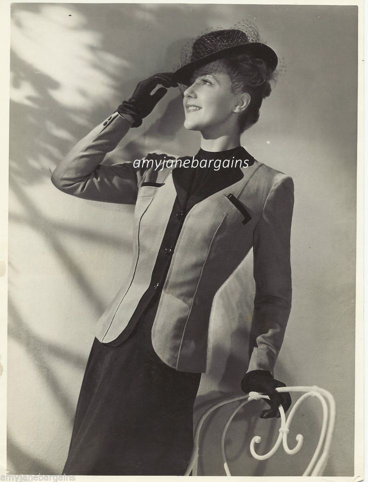 Vintage Press Photograph Fashion Designer Marcel Dhorme Smart Ladies Suit 1950's