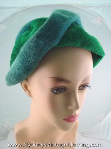 Vintage 60's Crushed Velvet Hat