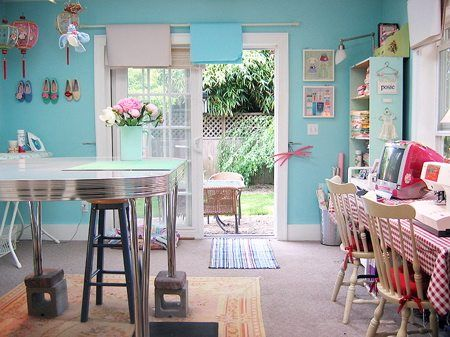 Love the color: Wall Colors, Crafts Rooms, Sewing Studios, Crafts Spaces, Sewing Spaces, Work Spaces, Crafts Studios, Sewing Rooms, Creations Crafts