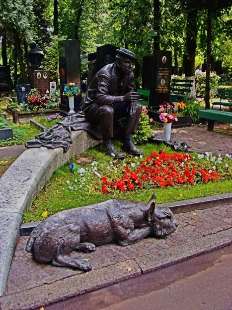 """The Sad Clown"" This is the grave of a famous Russian clown in Novodevichy Cemetery."
