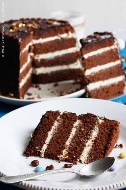 BIRTHDAY CAKE AU CHOCOLAT AU LAIT & CRÈME AU CHOCOLAT BLANC, NAPPAGE CHOCOLAT NOIR