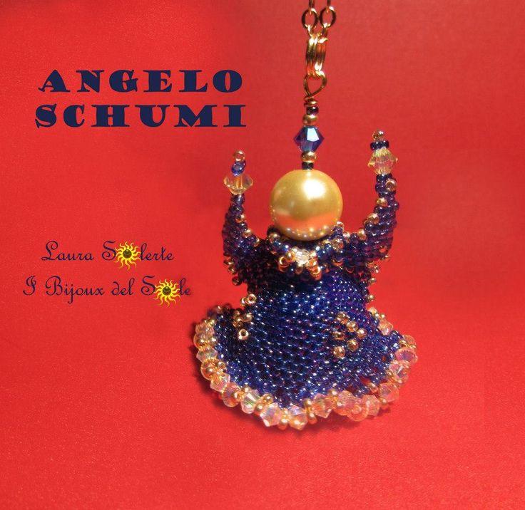 Angelo Schumi: cristalli Swarovski, perline di precisione Miyuki e perla Swarovski gold. Prezzo a Partire da € 50 #ciondolo #gioielli #LauraSolerte #handmadejewelry #jewelry #pendant #babybirth #babybirthjewelry #angel #ibijouxdelsole