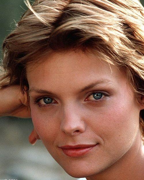 Michelle Pfeiffer Ladyhawke promotional still 1985