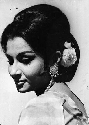 Sharmila Tagore.