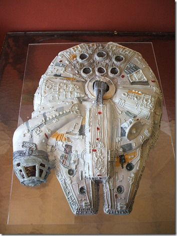 Awesome Millennium Falcon Cake WITHOUT Nasty Fondant