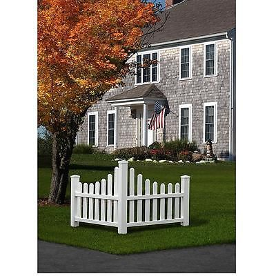 Corner Picket Fence Property Boundary Marker Outdoor Lawn