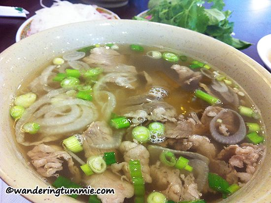 Pho, Vietnamese pho, pho noodle soup, rice noodle soup, noodle house, Korean-made pho, Korean pho, Vietnamese restaurant, Vietnamese food