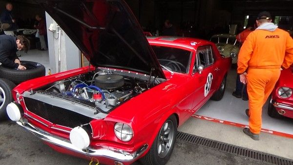 Ford-Mustang_rouge