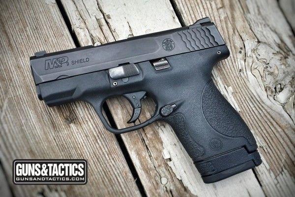 GUNSANDTACTICS.COM Glock 43 vs S&W Shield: The Best CCW |  http://www.gunsandtactics.com/glock-43-vs-sw-shield-the-best-ccw