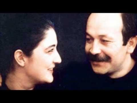 Yine mi Çiçek - Sezen Aksu & Cihan Okan - YouTube