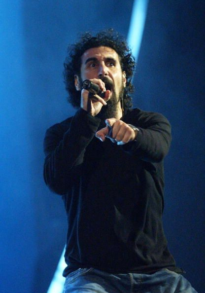 Serj Tankian, System of a Down, MTV Video Music Awards Latinoamerica 2002  credit: Gettyimages
