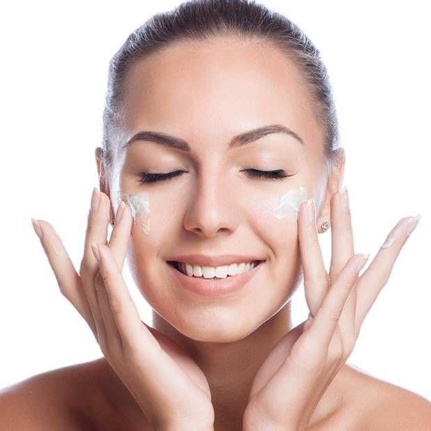 افضل نصائح تجميلية عالميا للعناية بالبشرة و الوجه بشكل طبيعي The Best Cosmetic Tips In The World For Skin C Face Skin Plant Based Skincare Skin Care