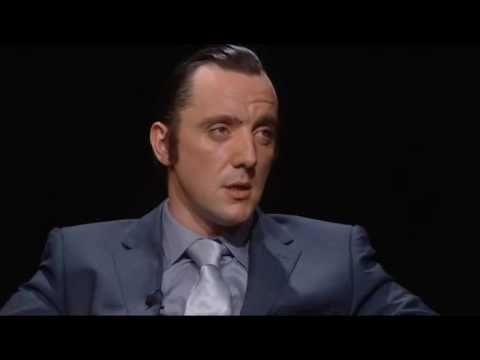 Actor Peter Serafinowicz as Robert DeNiro. (Peter is from the UK)▶ Acting Masterclass: Robert DeNiro - YouTube