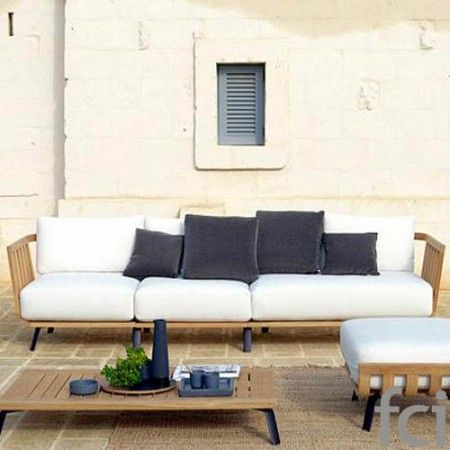 Welcome Seating System by #Unopiu starting from £140. Showroom open 7 days a week. #fcilondon #furniture_showroom_london #furniture_stores_london #Unopiu_garden_furniture #Unopiu_outdoor_furniture #Modern_Outdoor_Furniture