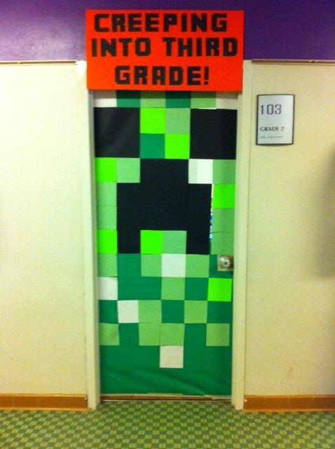 minecraft creeper door end of the year door school